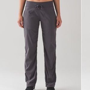 Lululemon dance studioPant III | size 2 Regular